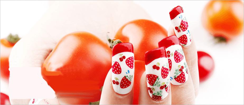 Ejemplo de diseño de fresas bicolor con tomates rojos